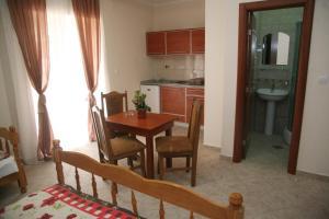 Apartments Giljača, Apartments  Tivat - big - 2