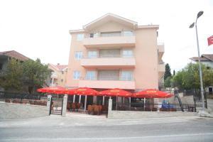 Apartments Giljača, Apartments  Tivat - big - 25