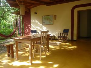 Hotel Meli Melo, Hotely  Santa Teresa Beach - big - 43