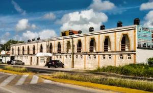 Hotel Laguna Encantada