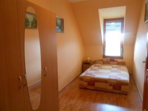 Mercédesz Apartman, Apartments  Gyula - big - 5