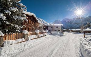 Chalet Berghof Sertig