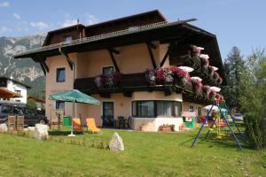 Ostbacher Stern, Ferienwohnungen  Leutasch - big - 53