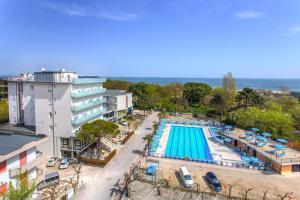 Hotel Beau Soleil, Hotels  Cesenatico - big - 41
