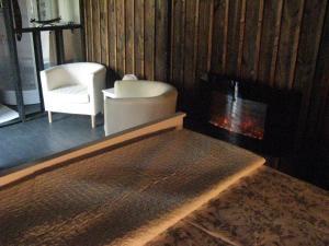 Les Troglos de Beaulieu, Bed and Breakfasts  Loches - big - 16
