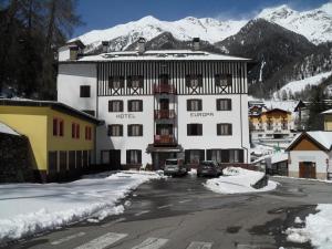 Hotel Europa, Hotely  Peio Fonti - big - 13