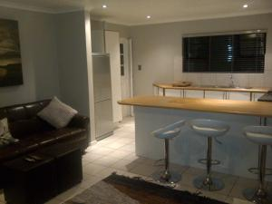 Bunkers Self Catering, Apartmány  East London - big - 9