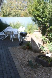 Bunkers Self Catering, Apartmány  East London - big - 20