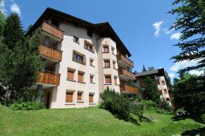 Chesa Las Sours - Apartment - St. Moritz