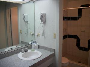 Hotel Villa Fontana Inn, Hotely  Ensenada - big - 5