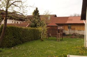 Ferienhaus Chiemsee, Ferienhäuser  Übersee - big - 36
