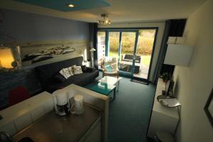 Appartement De Zeehond Amelander-Kaap, Апартаменты  Холлум - big - 8