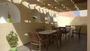 Anemomilos Suites, Aparthotely  Fira - big - 64