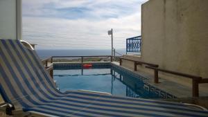 Anemomilos Suites, Aparthotely  Fira - big - 66