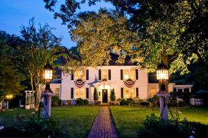 A Williamsburg White House Inn - Accommodation - Williamsburg