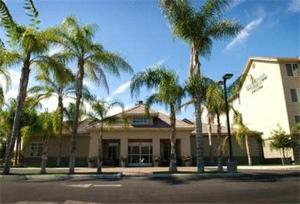Nearby hotel : Homewood Suites Bakersfield