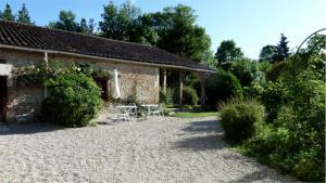 La Cascade de Hauterive, Bed and Breakfasts  Pinel-Hauterive - big - 50