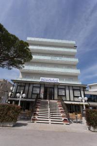 Hotel Beau Soleil, Hotels  Cesenatico - big - 66