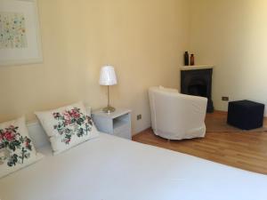 Appartamento Aprile, Ferienwohnungen  Florenz - big - 14