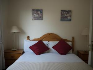 Ashe's B&B, Bed and Breakfasts  Dingle - big - 6
