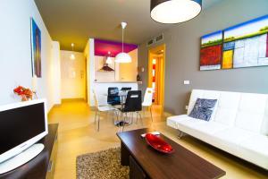 Apartamentos 16:9 Suites Almería.  Foto 9