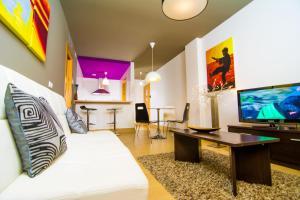 Apartamentos 16:9 Suites Almería.  Foto 6