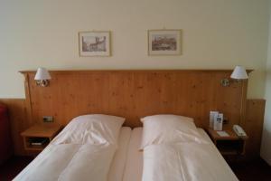 Hotel Bayerischer Hof, Отели  Прин-ам-Кимзее - big - 16