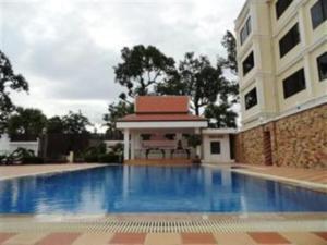 Borey Bokor Hotel