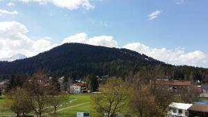Kreuzhof, Bed and breakfasts  Seefeld in Tirol - big - 29