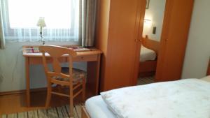 Kreuzhof, Bed and breakfasts  Seefeld in Tirol - big - 33
