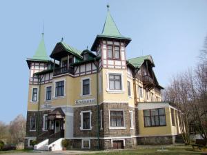Hotel Švýcarský dum