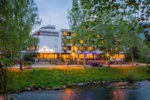 Бад-Либенцелль - Kronen Hotel