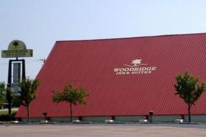 Woodridge Inn and Suites