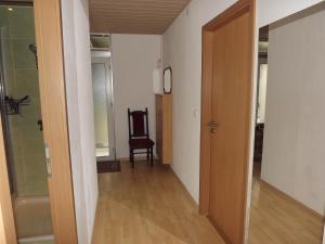 Private Übernachtung, Privatzimmer  Kempten - big - 9