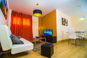 Apartamentos 169 Playa Suites