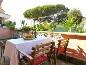 Villa D Relaxing Holiday House, Appartamenti  Marino - big - 29