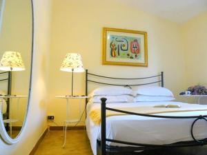 Villa D Relaxing Holiday House, Appartamenti  Marino - big - 33