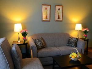 Chateau Regina Hotel and Suites, Hotels  Regina - big - 20