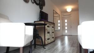 Refresh Boutique Apartments, Apartmanok  Vodice - big - 2