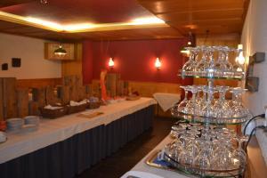 Hotel Sardona, Hotel  Elm - big - 66