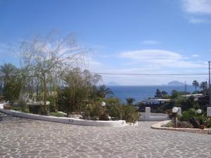 Case Vacanze Villa Lory, Apartmány  Malfa - big - 16