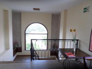 Ficoa Real Suites, Hotely  Ambato - big - 3