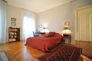Suite Edouard Herriot, Отели типа «постель и завтрак»  Лион - big - 10