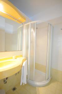 Hotel Baltic, Отели  Мизано-Адриатико - big - 17