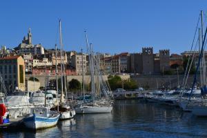 Le Gabian, Apartmány  Marseille - big - 14