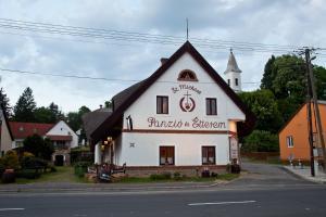 St.Michael Panzi� Lovaspark