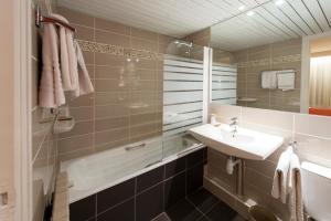La Résidence, Hotely  Lyon - big - 2