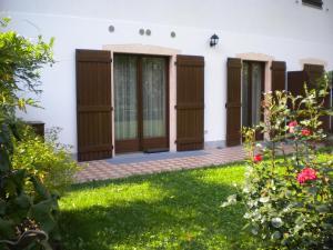 Casa Collini, Ferienwohnungen  Pinzolo - big - 2