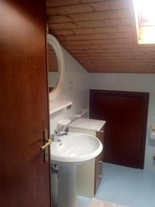 Casa Collini, Ferienwohnungen  Pinzolo - big - 9