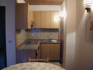 Casa Collini, Ferienwohnungen  Pinzolo - big - 92